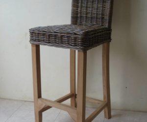 כיסא בר מקש