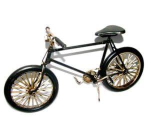 אופניים שחורים