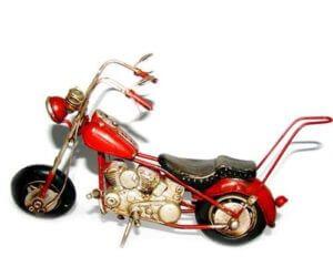 אופנוע הארלי אדום